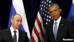 Президент США Барак Обама (праворуч) та президент Росії Володимир Путін під час зустрічі на Генасамблеї ООН. 28 вересня 2015 року