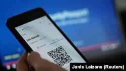 Pașaportul Covid ar urma să se bazeze pe tehnologia QR