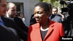 Валери Амос во время встречи в Дамаске с сирийскими официальными лицами. 8 марта 2012 г.