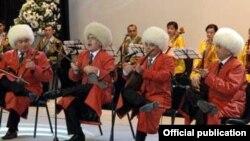 Türkmen halk sazanda-aýdymçylary