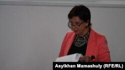 Инесса Киселева, Қарлығаш Жақиянованың адвокаты. Алматы, 7 қазан 2015 жыл