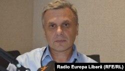 Analistul politic Igor Boțan în studioul Europei Libere de la Chișinău