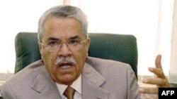 وزير نفت عربستان اين تحليل را که بازار با مشکل ذخيره نفت روبرو است رد کرد. (عکس: AFP)