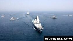 رزمایش مینروبی در آبهای خلیج فارس ۱۱ آوریل ۲۰۱۶