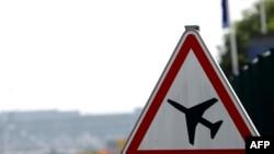 Европейцы надеются на возобновление полетов и их безопасность.