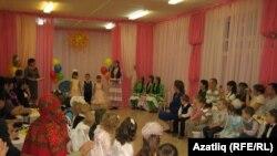 Татар төркеменә кабул итү кичәсендә