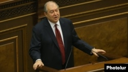 Armenia - Former Prime Minister Armen Sarkissian speaks in the Armenian parliament in Yerevan, 1 March 2018.