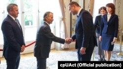Мустафа Джемилев и президент Польши Анджей Дуда. Варшава, 7 июля 2016 года