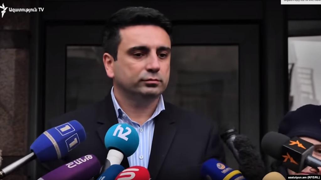 «Как в случае г-на Царукяна, так и в моем случае давать оценки неправильно» - вице-спикер НС