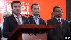 Zoran Zaev duke prezantuar arritjet e Qeverisë së tij gjatë 100 ditshit të parë