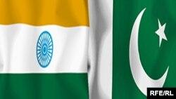 Hindistanyň we Pakistanyň baýdaklary.