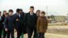 """Ашхабадский школьник получил пощечину за фото парижских """"желтых жилетов"""""""