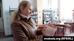 Людміла Палішчук, загадчыца мясцовай бібліятэкі