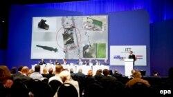 Konferenca për media në Holandë për rrëzimin e MH17