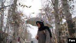 Pamje e sotme nga një rrugë në Teheran