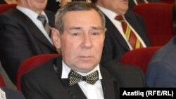Әмир Камалиев (1960-2019)