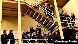 """Ансамбль солистов «Студия новой музыки» был основан в 1993 году на базе специально созданного в Московской консерватории аспирантского класса «Оркестр современной музыки». [Фото — <a href=""""http://www.ccmm.ru/"""" target=_blank>«Московский форум»</a>]"""