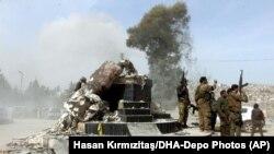 Սիրիա - Թուրքիայի աջակցությունը վայելող «Սիրիական ազատ բանակի» զինյալները Աֆրինում, արխիվ