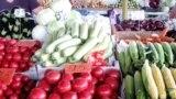 Продукти на ринку в Криму, липень 2019 року
