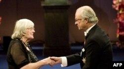 Минатогодишниот добитник на наградата Др. Рут Едвардс