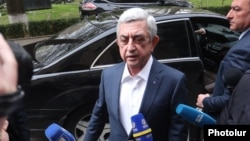 Armenia - Former President Serzh Sarkisian arrives at the parliament building, Yerevan, April 16, 2020