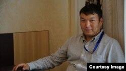 Белсенді, блогер Мұратбек Тұңғышбаев.