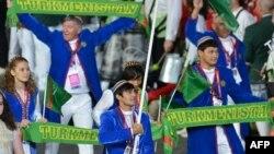 Делегация Туркменистана от церемонии открытия Олимпиады в Лондоне. 27 июля 2012 г