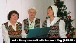 Активістки німецької громади співають народні пісні, Дніпропетровськ, 14 січня 2011 року