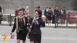 İnsanların üzünə bayramdan-bayrama açılan Bayraq Meydanı