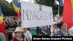 Protest în Piața Victoriei, 12 iulie