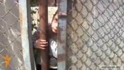Բազմազավակ ընտանիքը 4 տարի վարձով է ապրում քայքայված տնակում