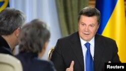 Президент Украины Виктор Янукович встречается с журналистами. Киев, 26 ноября 2013 года.