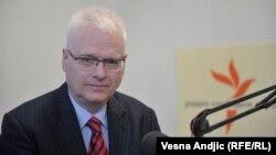 Josipović: Predsjednica desničarila iz marketinških, a ne iz ideoloških razloga.