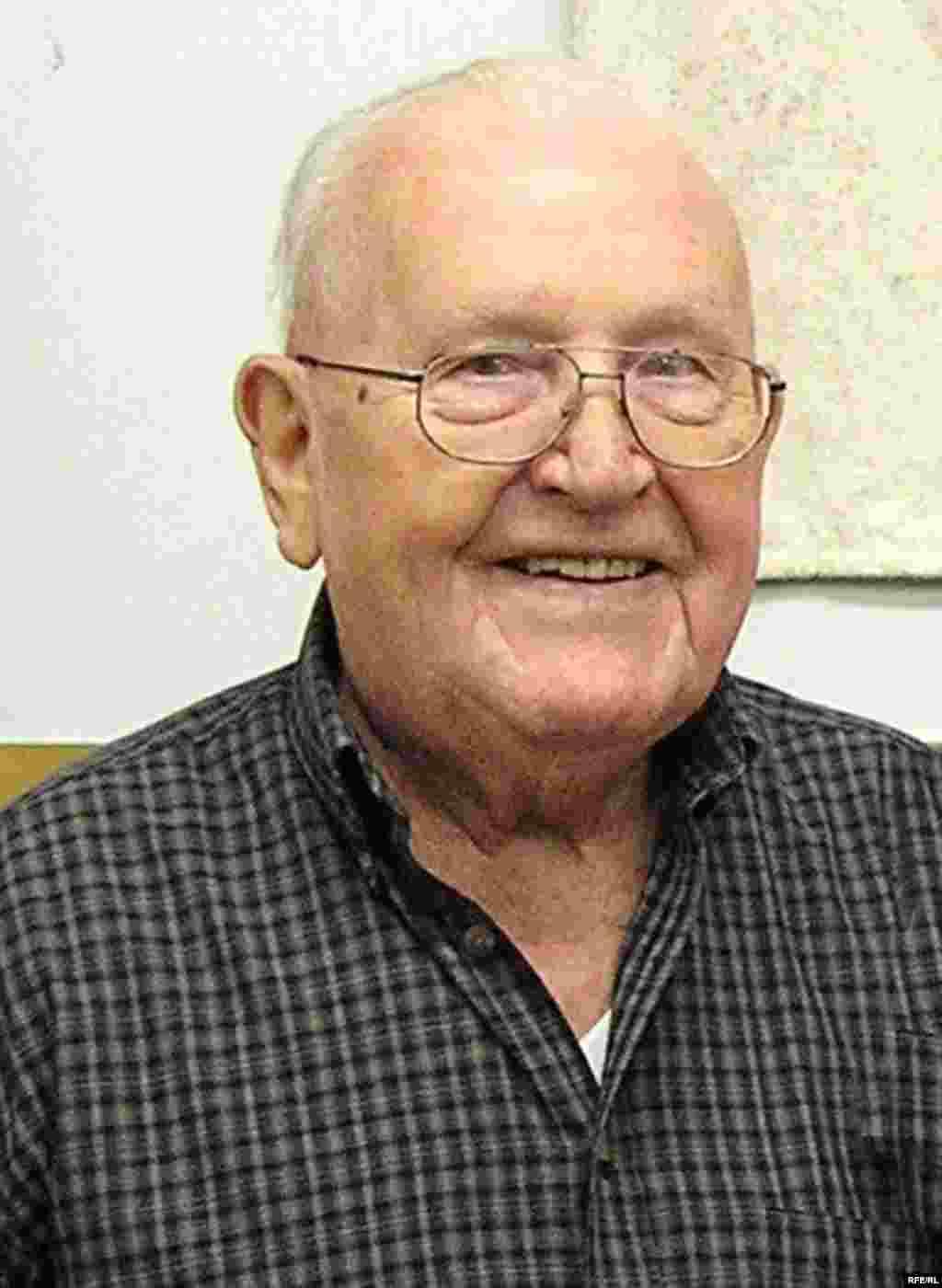 Ветеран войны Филипп Дюретт в конце 90-х годов.