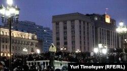 Столкновения милиции с агрессивно настроенной молодежью на Манежной площади в Москве 11 декабря 2010 г