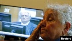 Васва Смайлович, жительница Боснии и Герцеговины, пережившая смерть своих близких, – в день приговора Караджичу