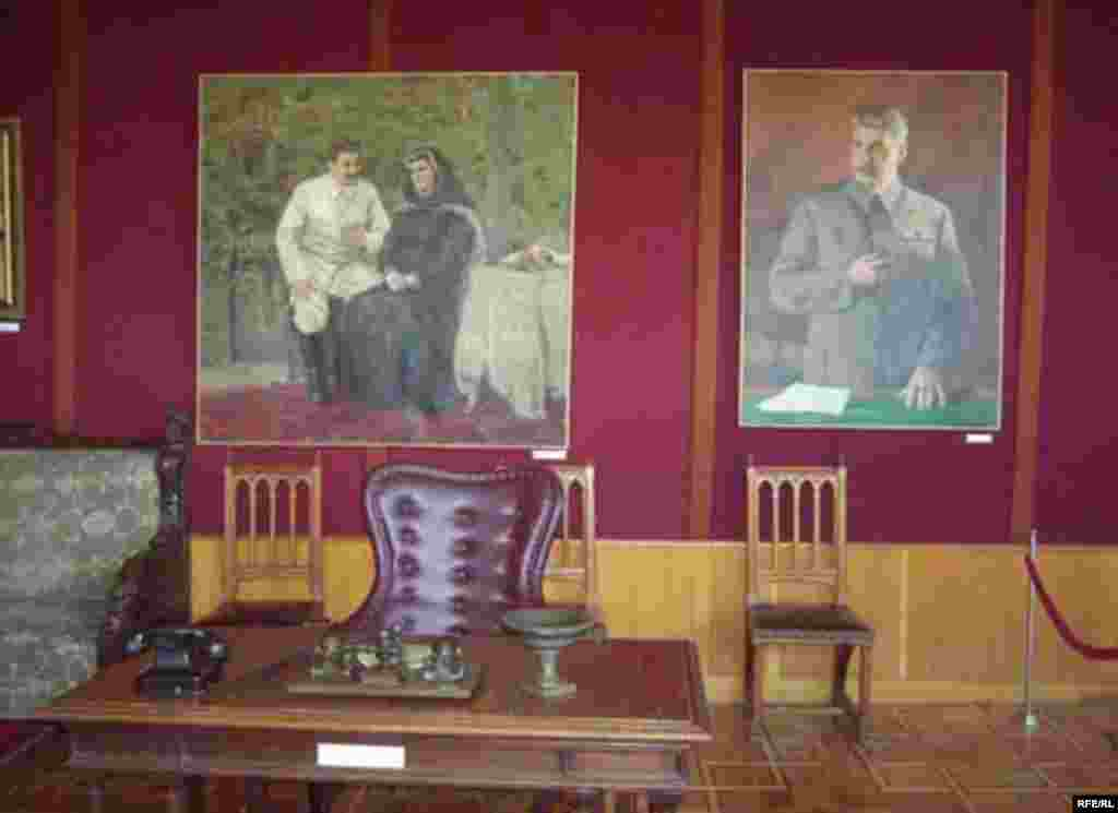 Stalin's Birthplace - Stalin's study was moved from the Kremlin to Gori, where it remains on display.