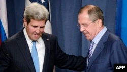 Держсекретар США Джон Керрі і міністр закордонних справ Росії Сергій Лавров