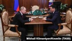 Бату Хасиков на встрече с президентом России Владимиром Путиным
