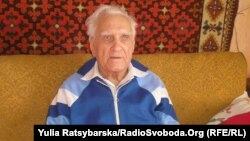 Ақын әрі драматург Мыкола Миколаенко Украинадағы ашаршылықты көргендерді бірі.