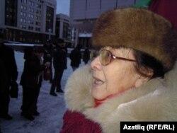 Фирзәнә Кулиева