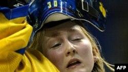 Лицо женского хоккея - слезы радости здесь не менее обильны, чем при поражениях
