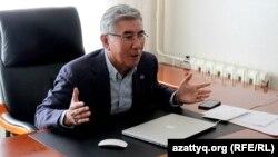 ЖСДП жетекшісі Жармахан Тұяқбай. Алматы, 19 қазан 2016 жыл.