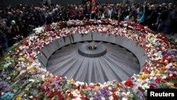 Հայոց ցեղասպանության Ծիծեռնակաբերդի հուշահամալիրը 2015 թվականի ապրիլի 24-ին