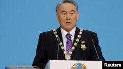Президент Казахстана Нурсултан Назарбаев выступает на церемонии инаугурации. Астана, 8 апреля 2011 года.