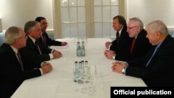 Germany - Armenian Foreign Minister Edward Nalbandian (C,L) meets with OSCE Minsk Group co-chairs in Munich, 5Feb2015.