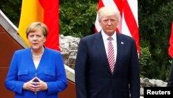 Канцлер Німеччини Ангела Меркель і президент США Дональд Трамп під час зустрічі «Групи семи» в Італії, 26 травня 2017 року