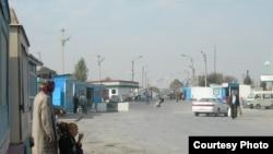 Бекободдаги ўзбек-тожик чегара пункти