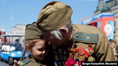 """Дедушка был расстроен"""". Куда ветераны не могут попасть в День Победы"""