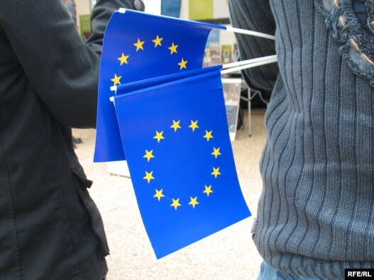 Zastavice EU, ilustrativna fotografija